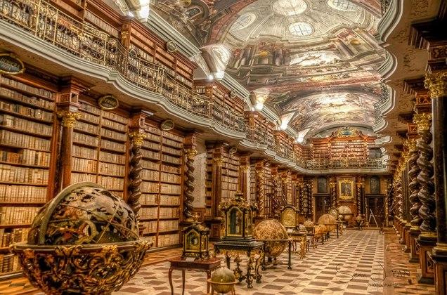bibliotheque-klementinum-prague-01